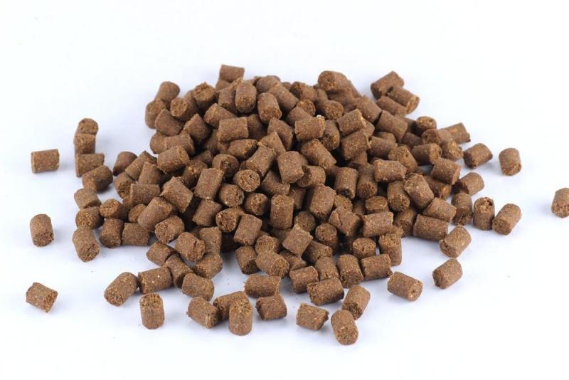 Monty PAMLSEK - PAMLSEK PRO VELKÉ PSY - Kachna s lososem 16 mm, 1 kg